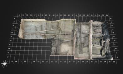 ул. Пионерская: Участок 2-8. Общий вид на систему гидротехнических сооружений (каскадов Росгартена) с сеткой квадратов раскопа